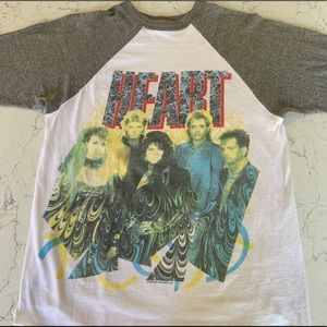 RARE VINTAGE HEART CONCERT TEE